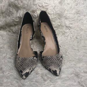 Aldo cream snakeskin pointed toe heels